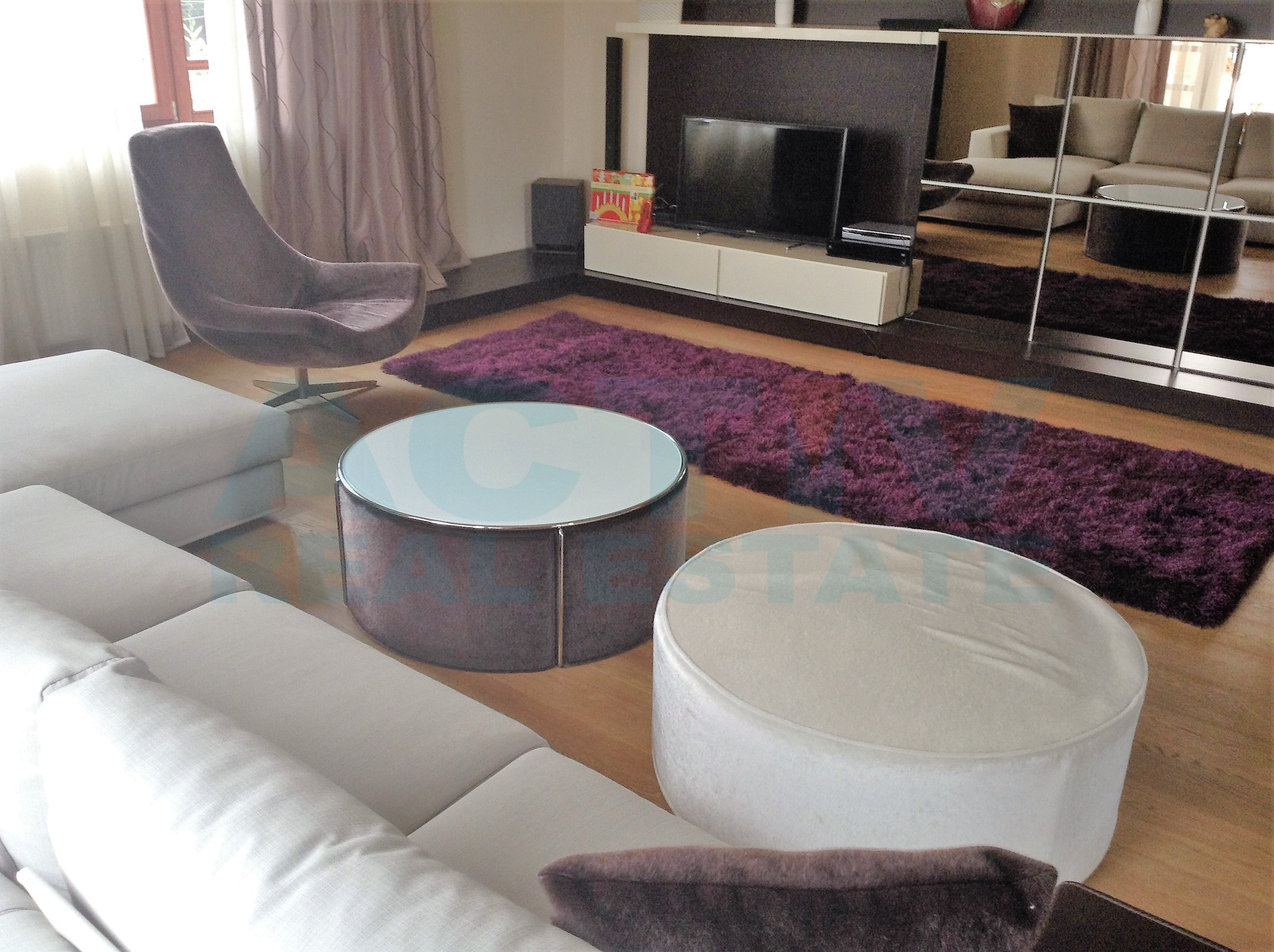 Apartament finisat si mobilat de lux