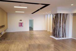 Spatiu comercial tip showroom